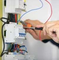 Услуги электрика в Калуге